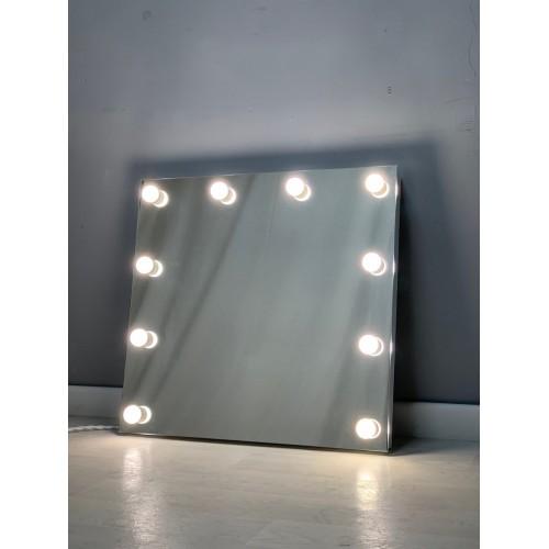 Безрамочное гримерное зеркало для грима с подсветкой 70х75
